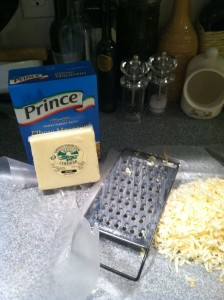 making gourmet macaroni and cheese