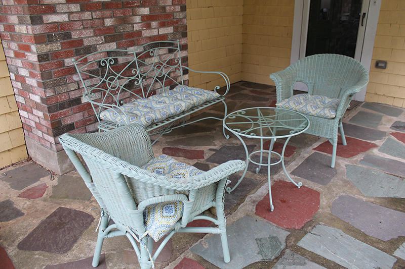 Patio Set Painted wtih Chalk Paint