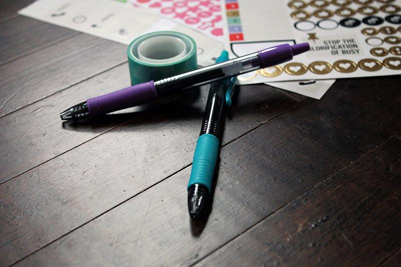 Pilot G2 gel pens with planner